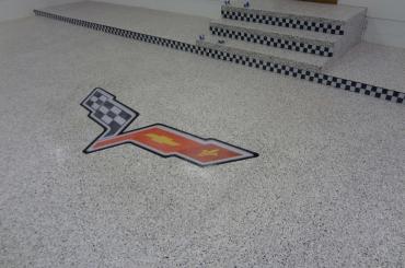 Residential - Garage Logo