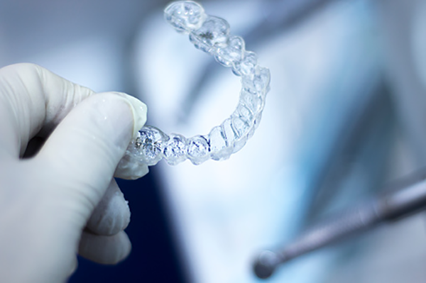 The art of moving teeth with Invisalign